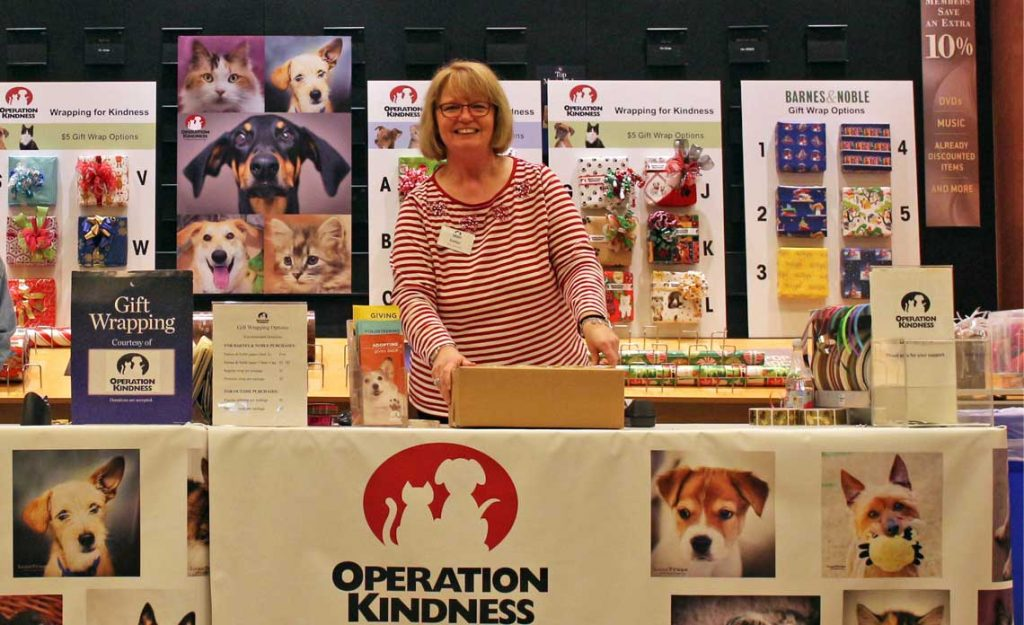 Operation Kindness Blog - Gift Wrapping at Barnes & Noble| North Texas No-Kill Animal Shelter